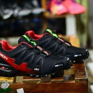 Sepatu Salomon Speedcross III Premium