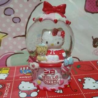 Hello kitty細水晶球