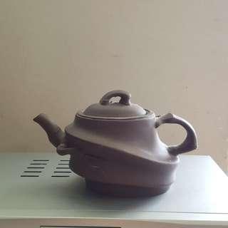 Chinese Tea Pot vintage