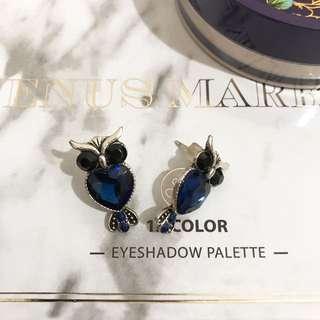 Owl design blue earring