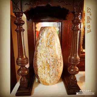 Vintage Vase made from Beautiful Natural Stone. Dimension as in the photo. Good Condition, no flaws and dark shade on the photo is shadow of pillow in front of it. $68 offer, sms 96337309.