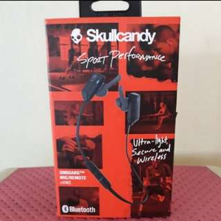Authentic skullcandy wireless bluetooth, brandnew, bought in canada, free shipping