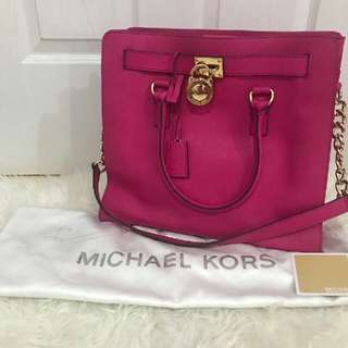 Michael Kors Raspberry Large Hamilton