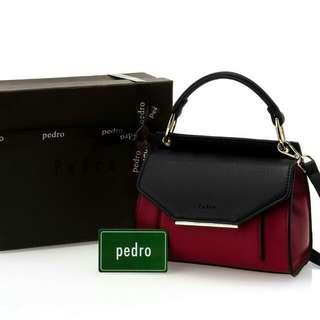 Pedro Pushlock with box