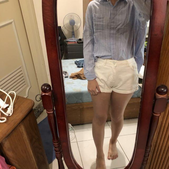 藍色白條紋襯衫