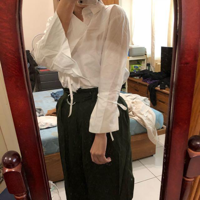 設計感白色襯衫