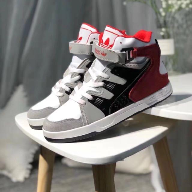 Adidas MC-X1高筒潮流板鞋