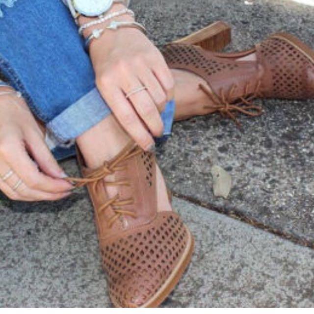 Alias Mae Leather Shoes Sz 38