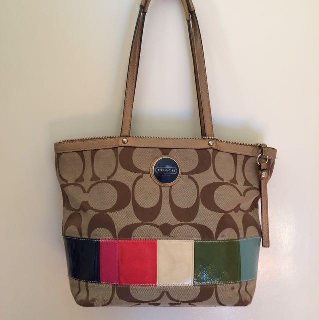 Authentic Coach medium tote bag