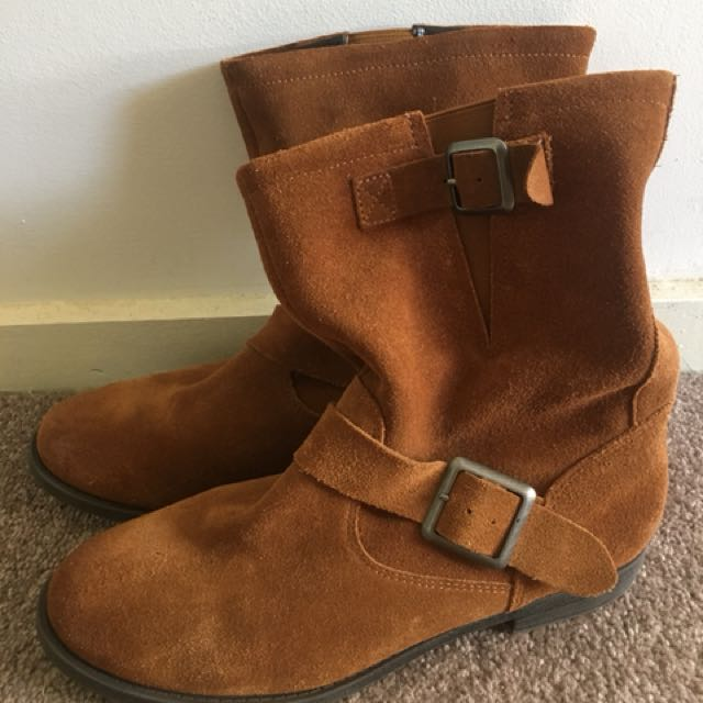 BETTS Brown Suede leather ankle boots