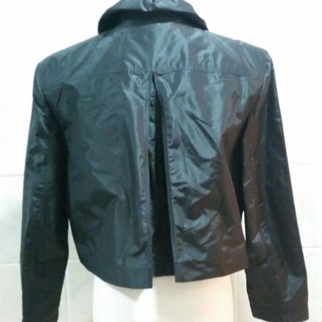 Burberry Jacket (95%new,原價over$8,000.)