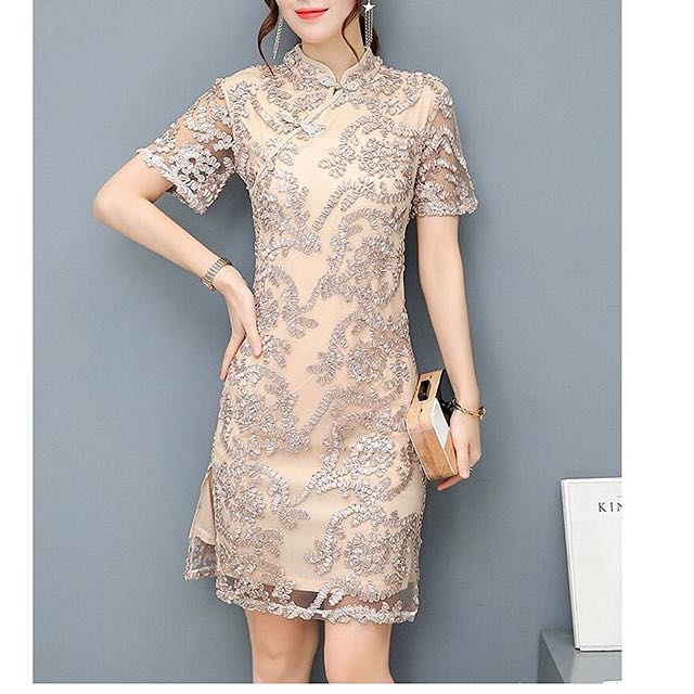 Gold lace cheongsam