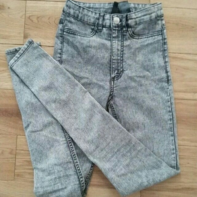 H&M highwaist jeans