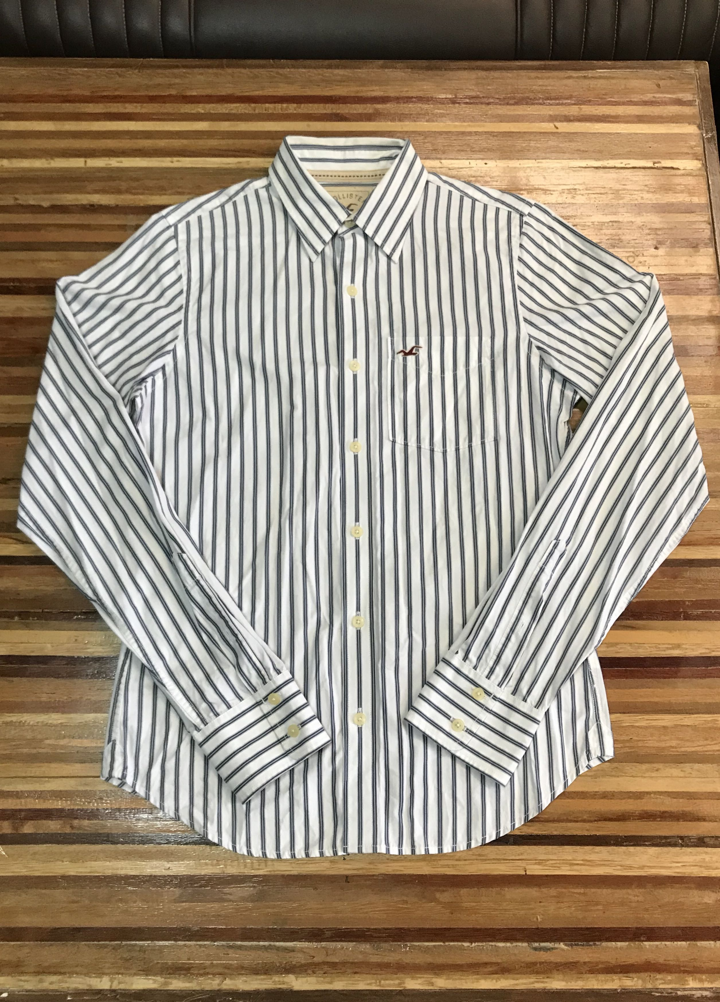 Hollister Long Sleeved Button Down Shirt