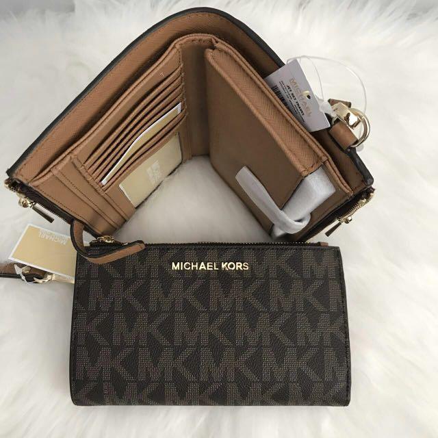 c68079333925 Incoming stocks Michael Kors Jet Set Travel Double Zip Wristlet Wallet,  Luxury, Bags & Wallets on Carousell