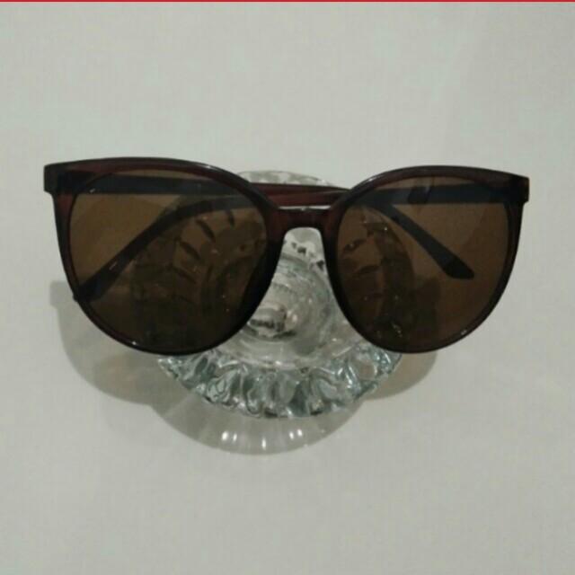 Kacamata dark brown