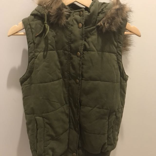 Khaki puffer vest with fur hood