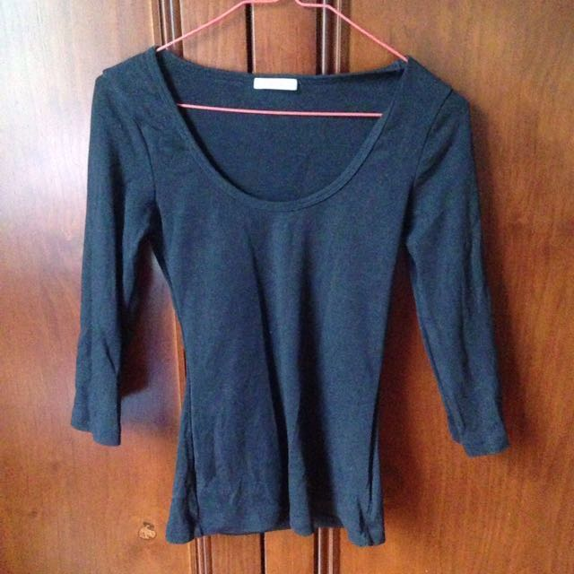 KOOKAI Black 3/4 sleeve top