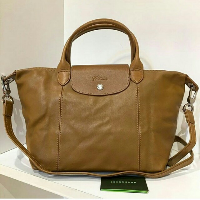 f04f711b4534 Longchamp Cuir, Luxury, Bags & Wallets on Carousell