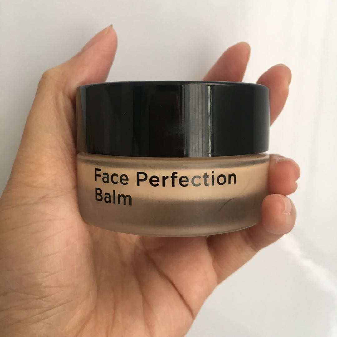 Moonshot Face Perfection Balm Foundation