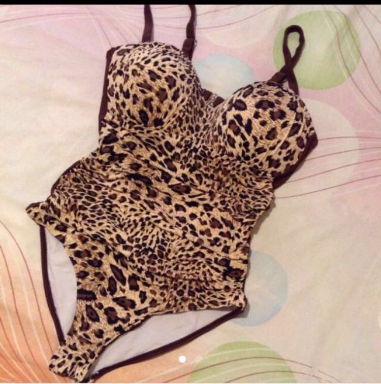 one piece swimsuit (leopard style)