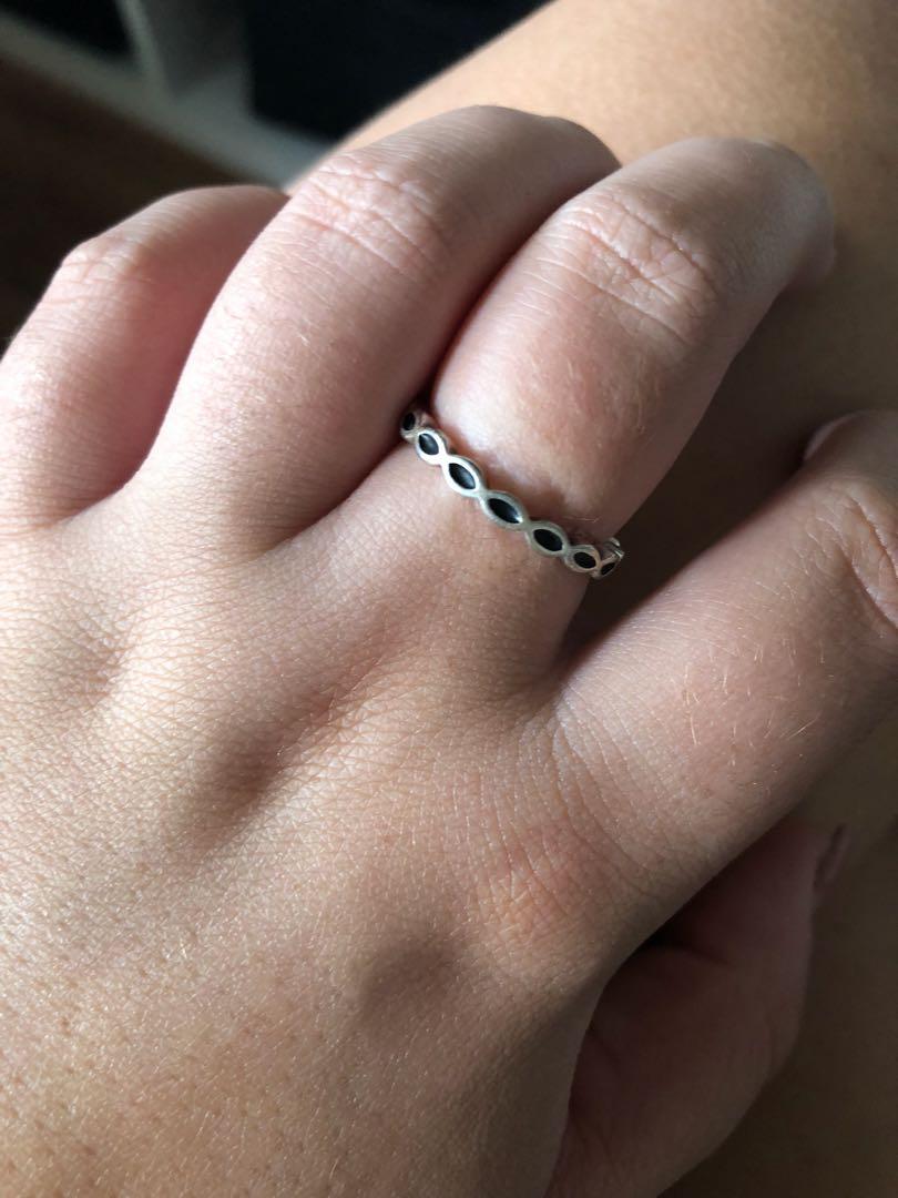Pandora stacker ring 56