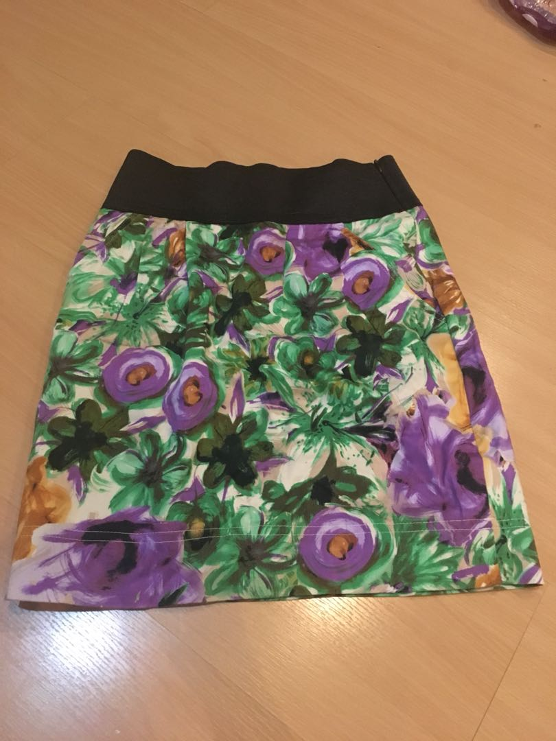 Preloved flower skirt