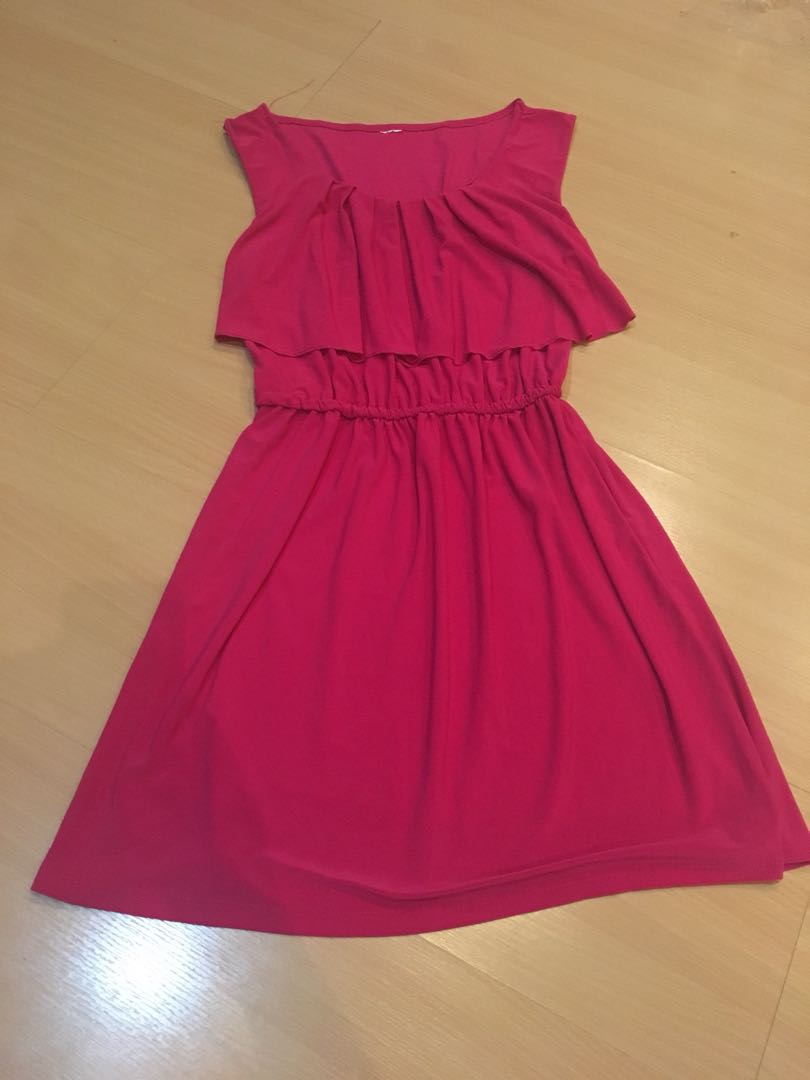Preloved fushia dress
