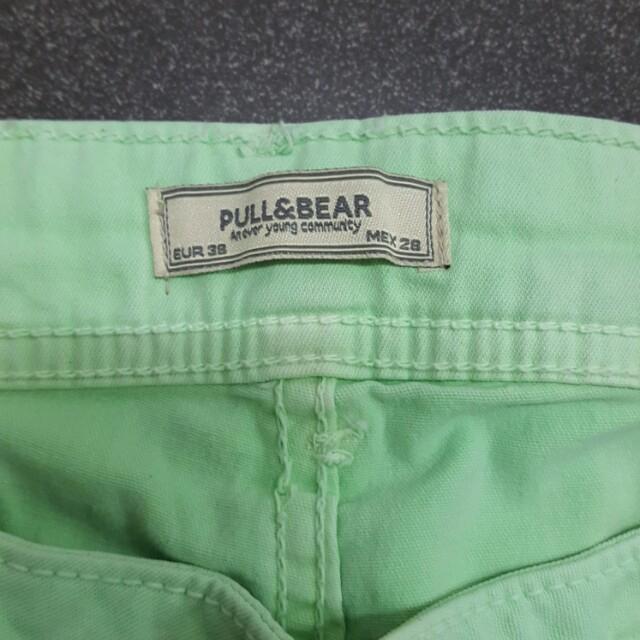 pullandbear green