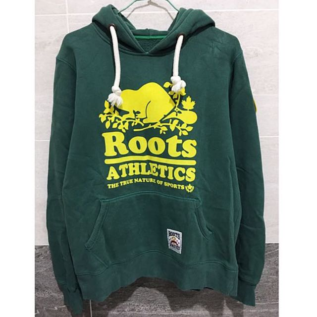 Roots 保暖撞色帽T