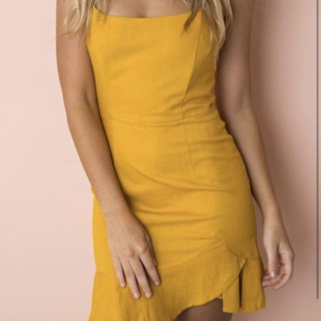 Selling dress size 10