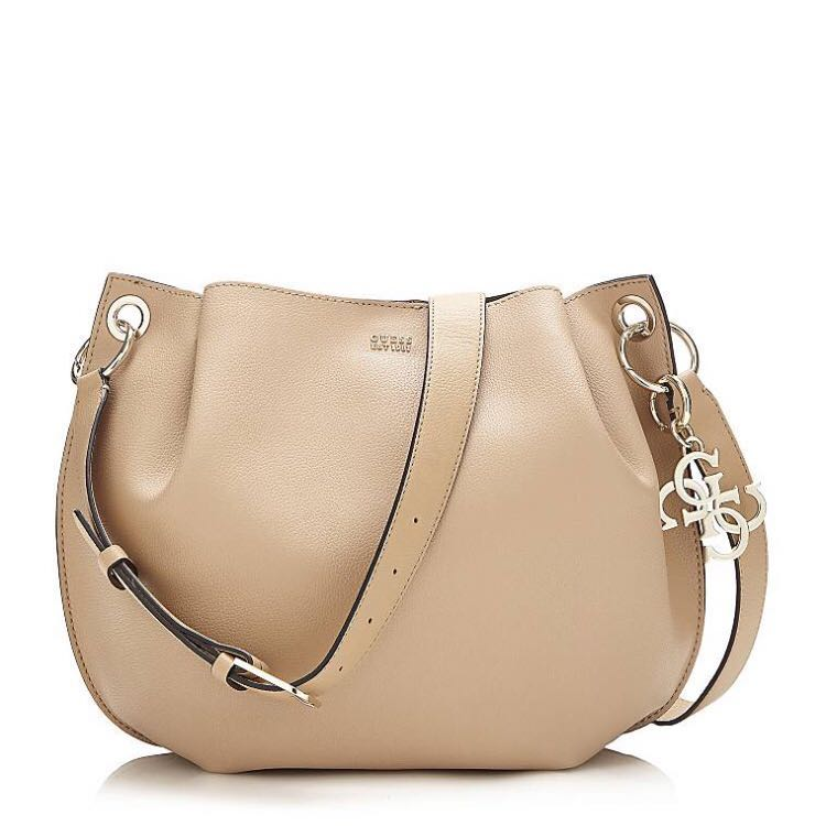TAS GUESS DIGITAL BUCKET BAG
