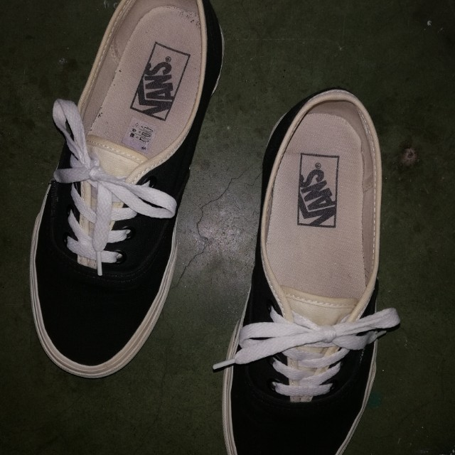 Vans Blackbone Original Women S Fashion Shoes On Carousell
