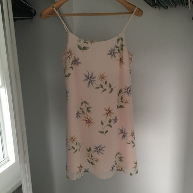 Vintage soft pink dress with flowers