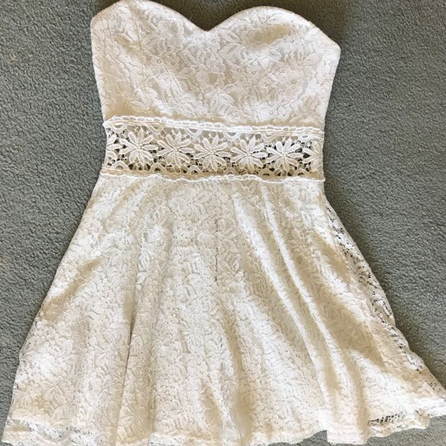 White summer strapless crochet dress, size 10
