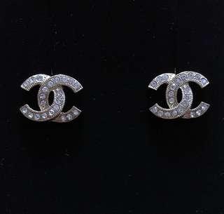 全新金色Chanel cc logo 閃石耳環 earrings