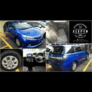Toyota Wish 1.8 X Biru