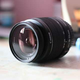 Canon Zoom Lens EF-S 18-55mm f/3.5-5.6 IS II