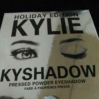 Kylie Holiday Edition: Eyeshadow