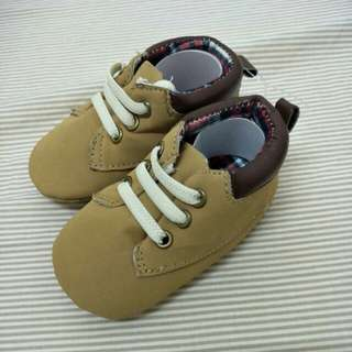 Baby shoe - size 6 months