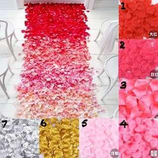 OMBRE Fake Rose Petals
