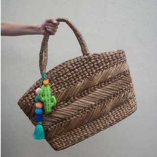 Tas Raisa Beach Bag Eceng Gondok
