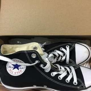 Authentic Black high cut Converse