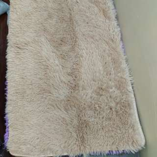 Faux Fur Carpet 18 x 30