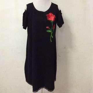 Embroidery cold shoulder dress