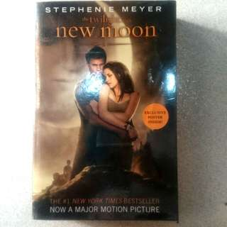 Twilight Saga - New Moon - Stephenie Meyer