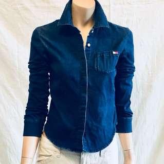 Vintage 90's  Tommy Hilfiger Denim Shirt. Button Down.