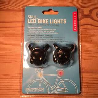 Skull LED bike lights by kikkerland