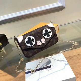 Sling bag Louis Vuitton