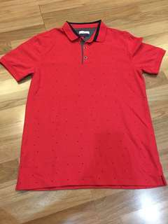 Polo merah slim fit
